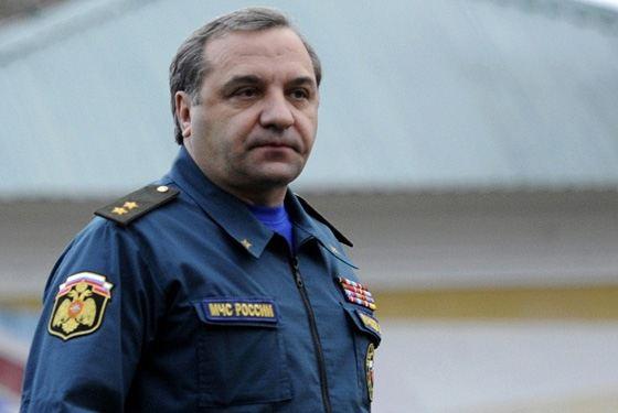 Министр МЧС Владимир Пучков