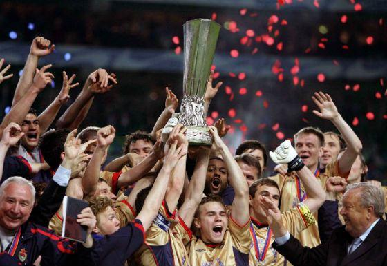 2005 год: победа на Кубке УЕФА