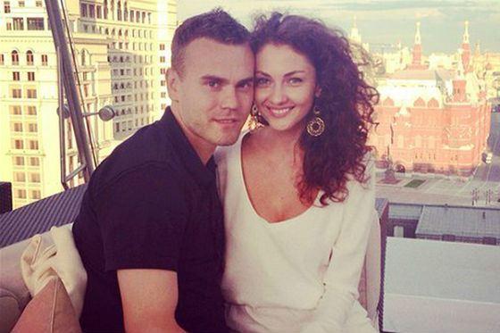 Игорь Акинфеев – счастливый муж и отец