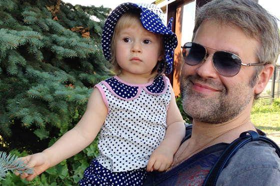 Эдуард Изместьев (Андрей Бандера) с дочерью