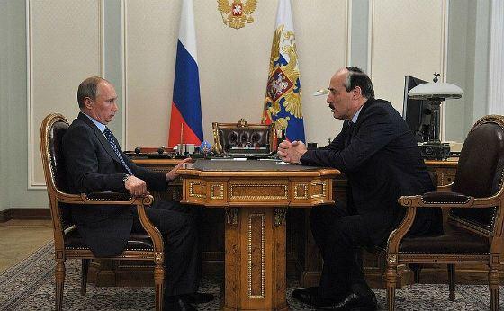 Рабочая встреча Владимира Путина с Рамазаном Абдулатиповым