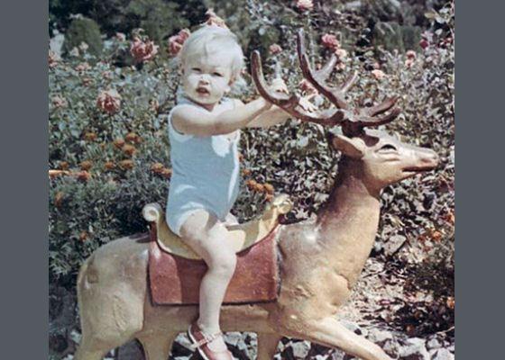 Детское фото Веры Брежневой