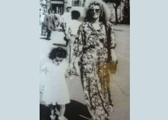 Маленькая Настя Каменских с мамой