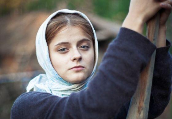 Кадр из фильма «Одна война» с Ксенией Сурковой