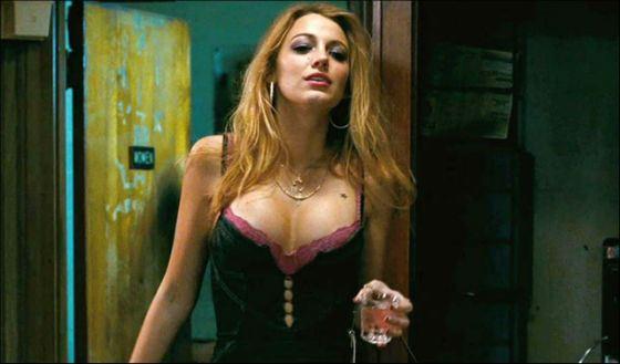 В «Городе воров» Блейк Лайвли сыграла наркоманку и проститутку