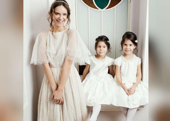 На фото: Ксения Князева и ее дочери