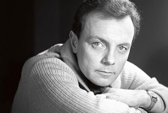 Кирилл Лавров в молодости