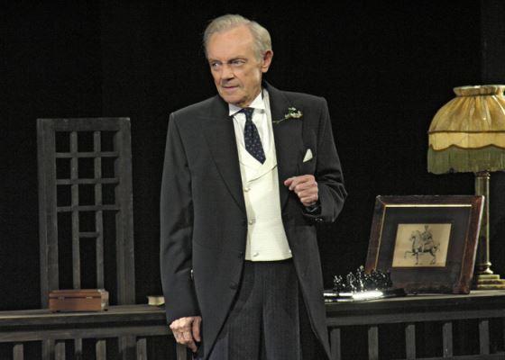 Кирилл Лавров на сцене БДТ