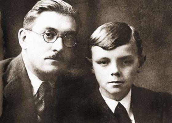 Кирилл Лавров с отцом