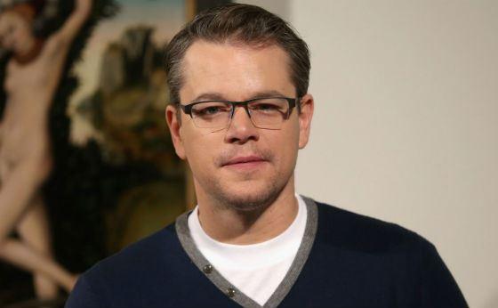 Мэтт Деймон носит очки