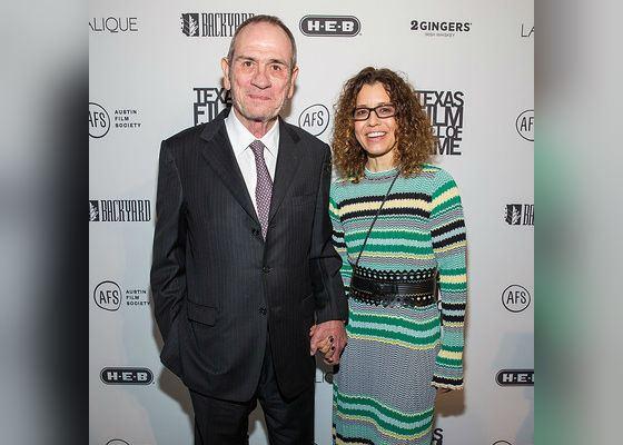 Томми Ли Джонс и его третья жена Даун Джонс (2016 год)