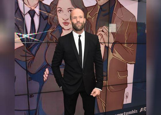 2016 год: Джейсон Стэтхэм на 21-й ежегодной Critics Choice Awards