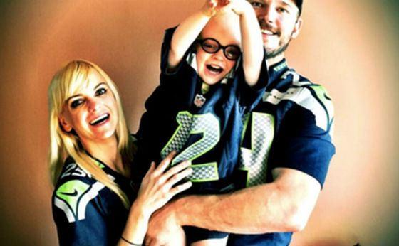 Крис Прэтт с женой и сыном – счастливое семейство!