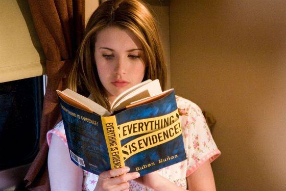 Такая разная Эмма Робертс: Нэнси Дрю, любительница разгадывать загадки