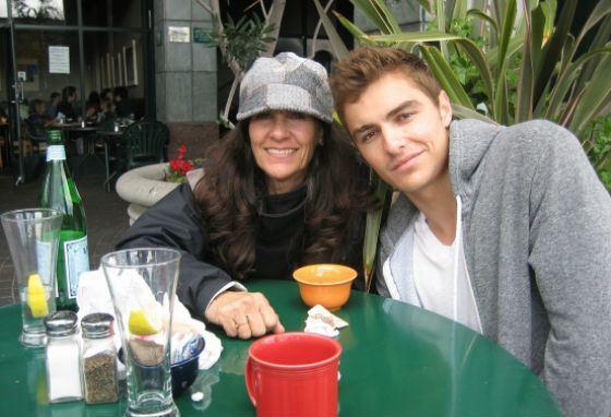 Дэйв Франко с мамой