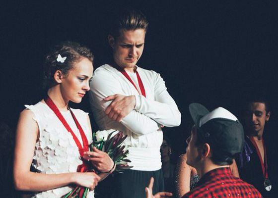 Милош Бикович и Аглая Тарасова на съемках фильма «Лед»