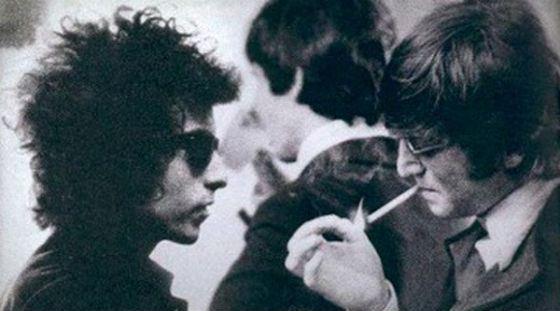 На фото: Боб Дилан и Джон Леннон