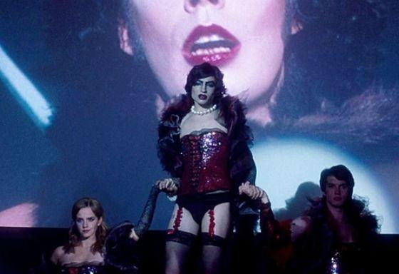 За танец трансвестита Эзру Миллера номинировали на MTV Movie Awards