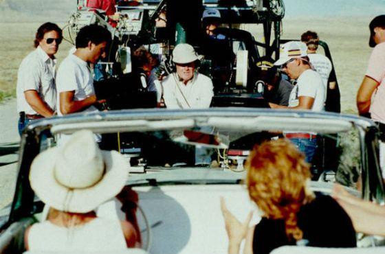 Ридли Скотт на съемках «Тельмы и Луизы»
