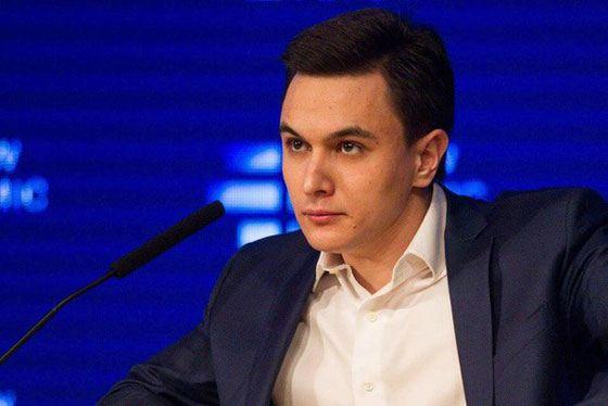 Владислав Жуковский смог быстро построить свою карьеру