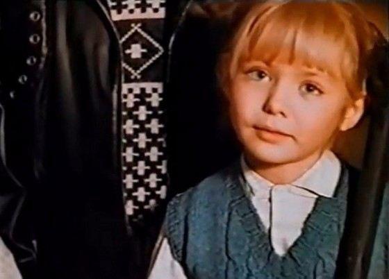 Кадр из фильма «Действуй, Маня!» (маленькая Карина Разумовская)