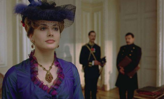 Анна Горшкова в роли Рогозниковой («Всадник по имени Смерть»)