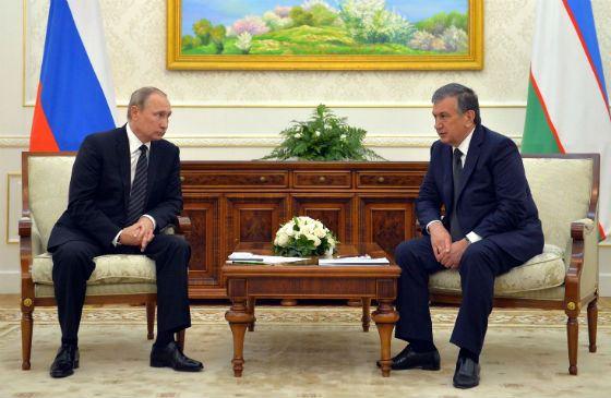 На фото: Шавкат Мирзияев и Владимир Путин