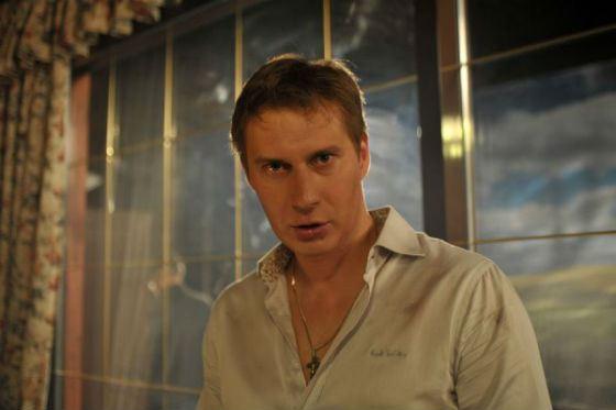 В 2016 Яков Кучеревский работал в сериале «Восток–Запад»