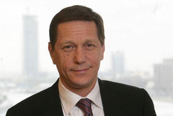 В 1986 году Александр Жуков решил уйти в политику