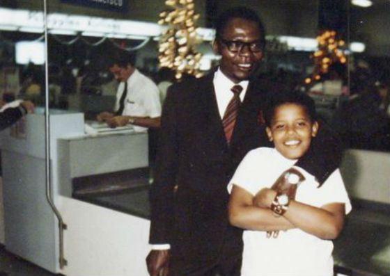 Маленький Барак Обама и его отец, Барак Хусейн Обама-старший