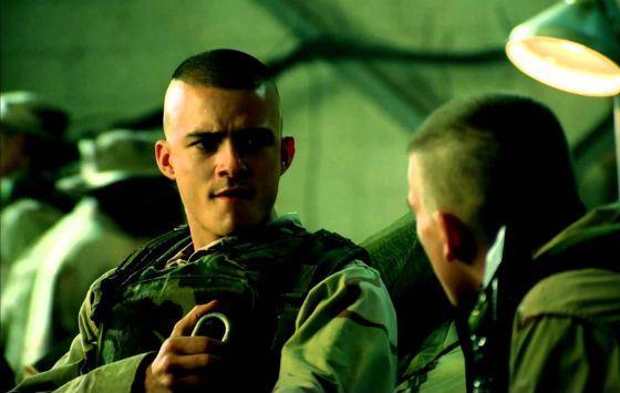Кадр из фильма «Чёрный ястреб»