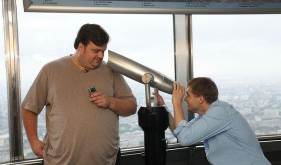 Корчевников с Уткиным вели передачу про юмор