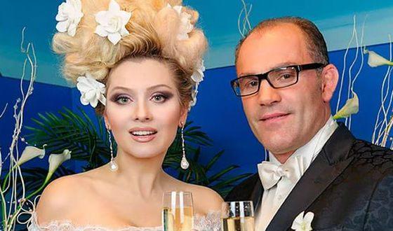 В 2012 Лена Ленина вышла замуж за французского графа