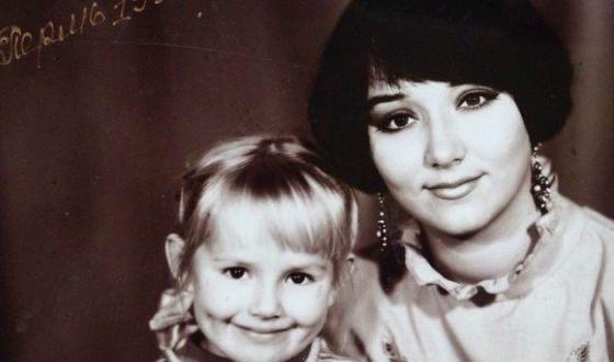 Маленькая Зоя Бербер с мамой