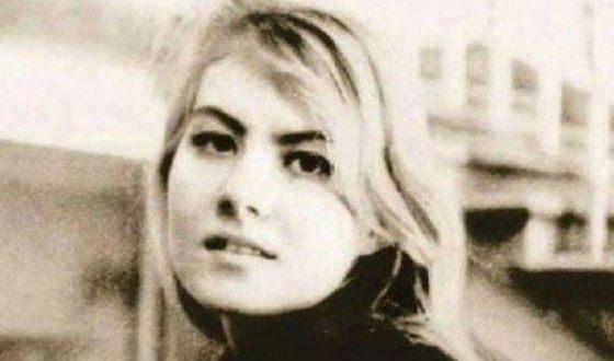 Молодая Рената Литвинова