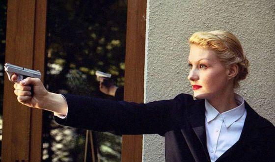 Рената Литвинова на съемках фильма «Настройщик»