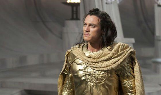 «Битва титанов»: Люк Эванс в роли Аполлона