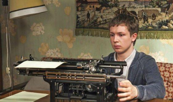 «Филфак»: Дмитрий Парамонов в роли студента Миши