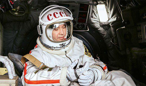 «Время первых»: Евгений Миронов в роли Алексея Леонова