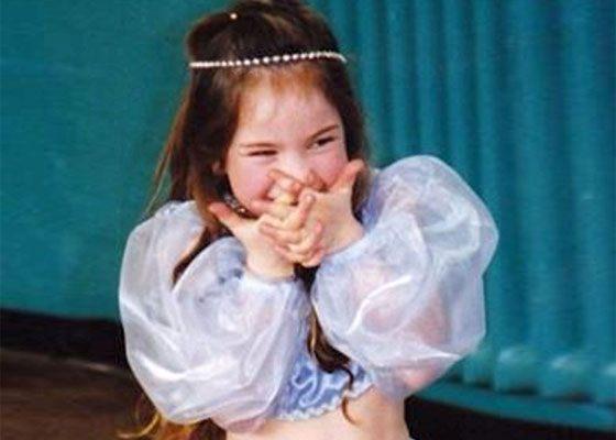 Лили Джеймс в детстве