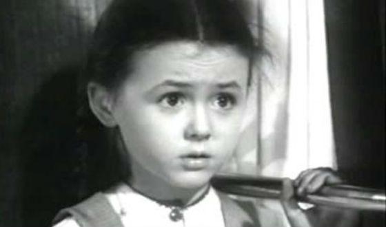 Первая роль Натальи Селезневой в кино («Алеша Птицын», 1953)