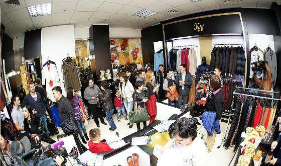 Открытие магазина одежды Кайраса Нуртаева