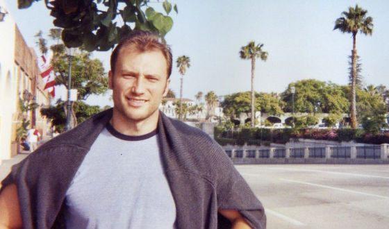 В молодости Константин Соловьев жил в США