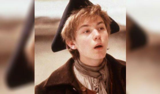 Юный Джуд Лоу в спектакле «Портной из Глостершира»