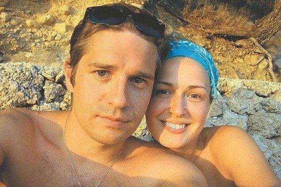 Анна Тараторкина и ее муж на отдыхе