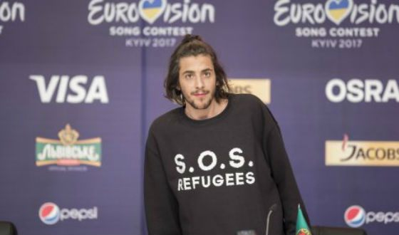 Сальвадор Собрал ратует за права беженцев в Европе