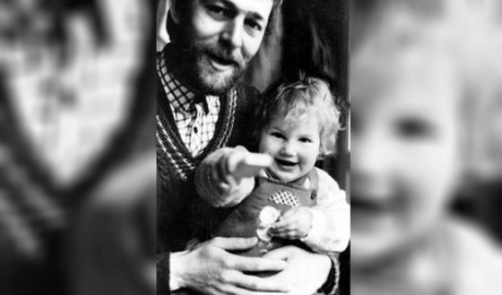Детское фото Марьяны Спивак (на фото с отцом)