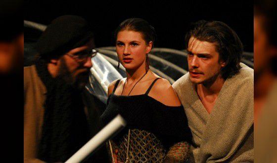 Марьяна Спивак на сцене театра «Сатирикон»