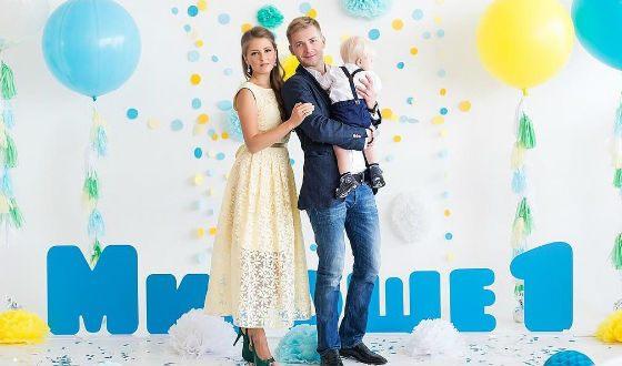 Анна Михайловская с мужем и сыном