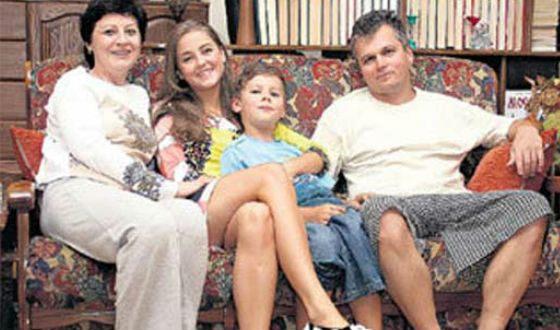 Анна Михайловская с родителями и братом